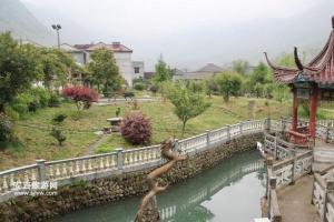 长潭村附近农家乐